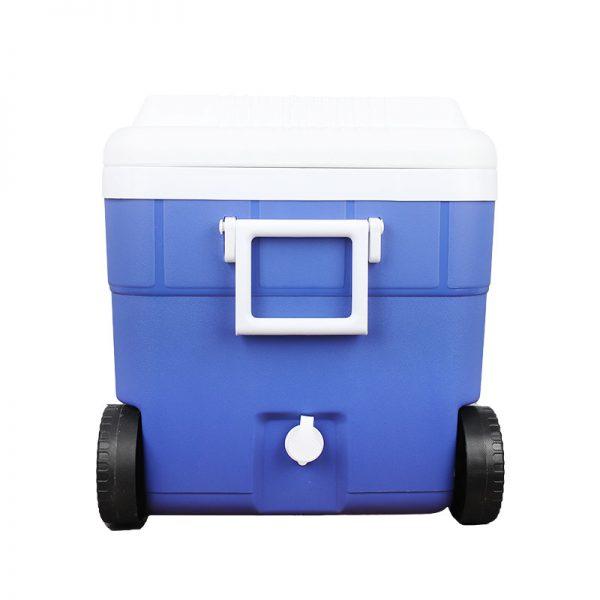 צידנית-פלסטיק-על-גלגלים